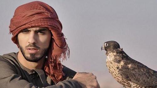 """6 sự thật về """"trai đẹp"""" Omar - 1"""