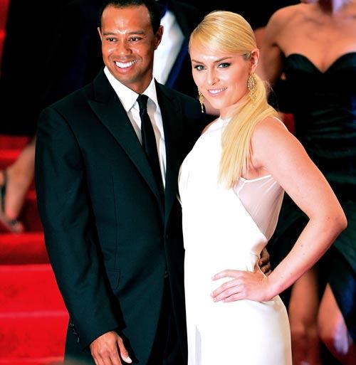 """Tiger Woods bị bạn gái """"cắm sừng""""? - 1"""
