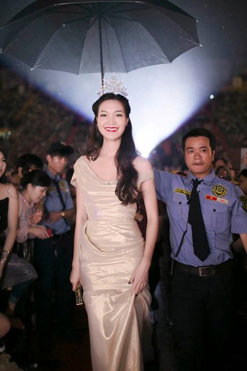 Sự thật việc hoa hậu Thùy Dung bỏ show - 1