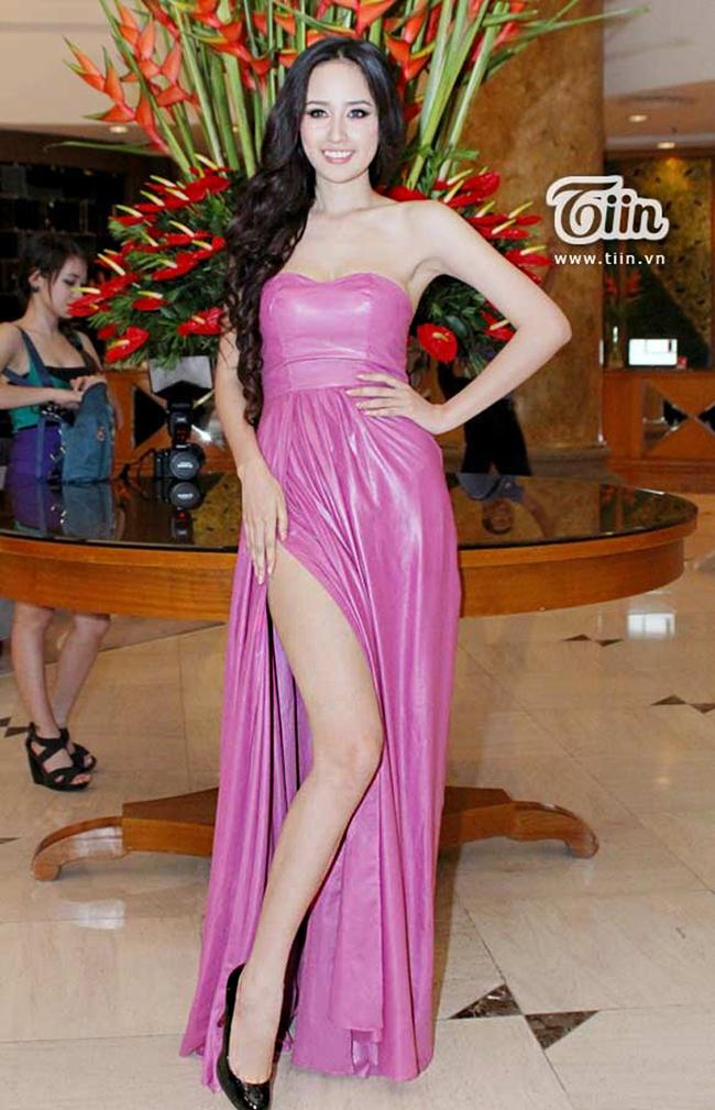 Hoa Hậu Việt Nam Mai Phương Thúy đang ngày càng gợi cảm.