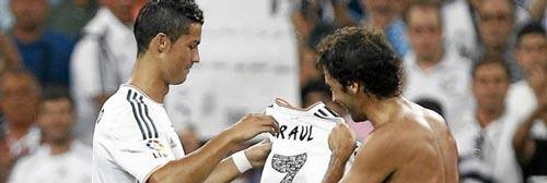 Ronaldo sẽ là số 7 huyền thoại của Real - 1