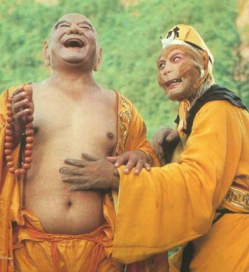 DV Phật Di Lặc chết hụt trong nhà xác - 5