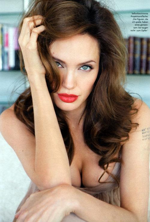 Xôn xao tin Angelina Jolie sắp qua đời - 1