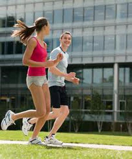 9 sự thật về phụ nữ chạy bộ - 1