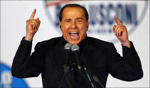 """Ông Berlusconi """"phá nát"""" chính phủ Ý - 1"""