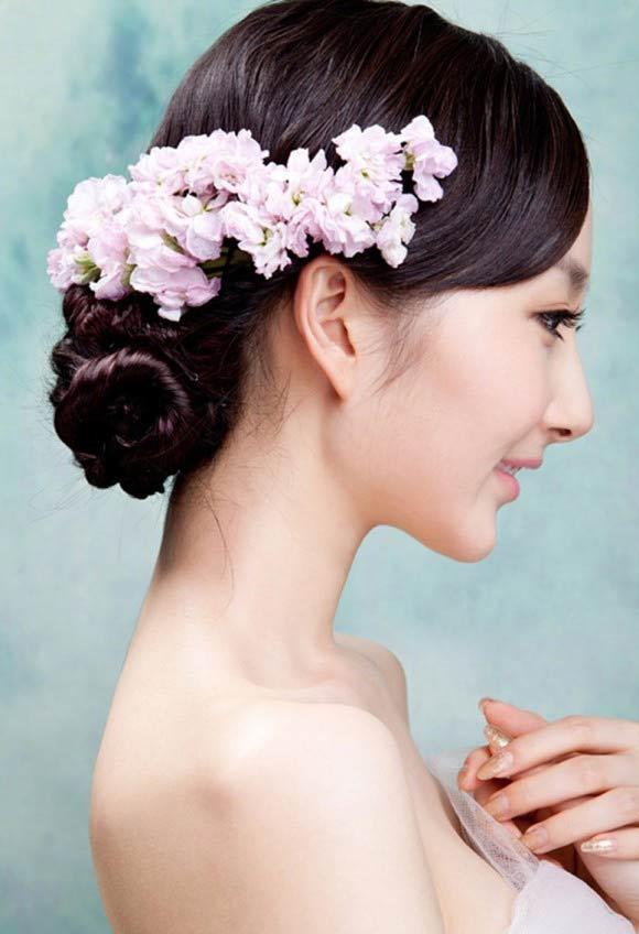 Chọn kiểu tóc thanh lịch cho cô dâu - 1