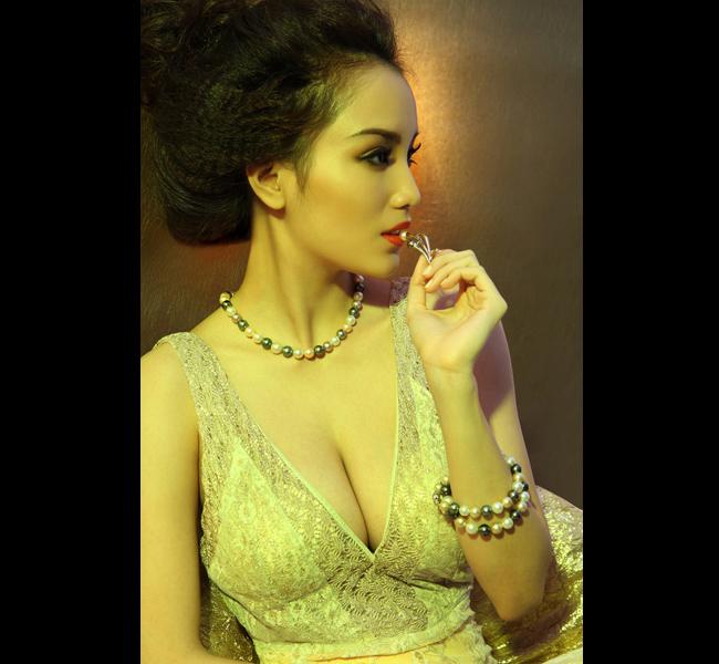 Huỳnh Bích Phương là người đẹp kín tiếng của showbiz Việt