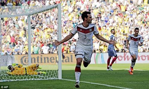 """Sôi động World Cup 5/7: Messi bị """"đe dọa"""" - 1"""