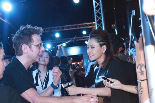 Chi Pu phỏng vấn dàn sao Vệ Binh Dải Ngân Hà - 1