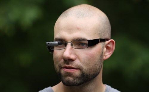"""Lenovo ra mắt kính thông minh """"chiến"""" với Google Glass - 1"""