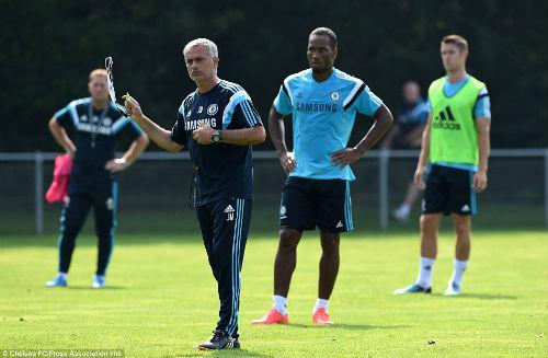 Vitesse - Chelsea: Chờ Drogba tái xuất - 1