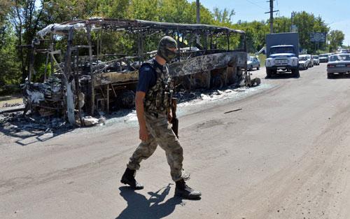 Quân đội Ukraine sử dụng tên lửa đạn đạo ở miền đông? - 1