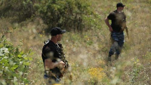 Ukraine: Phe ly khai gài mìn gần hiện trường MH17 rơi - 1