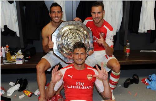 Arsenal: NHM phản đối Giroud xuất sắc nhất trận - 1