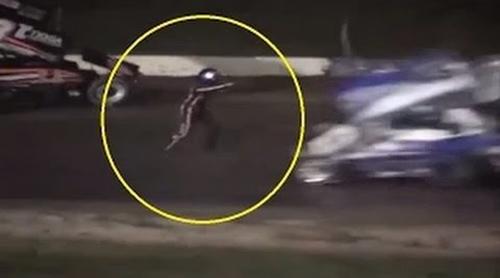 Nhà vô địch Nascar tông chết đồng nghiệp trên đường đua - 1