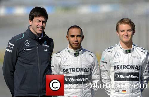 F1: Mercedes lo cuộc chiến Hamilton – Rosberg căng hơn - 1