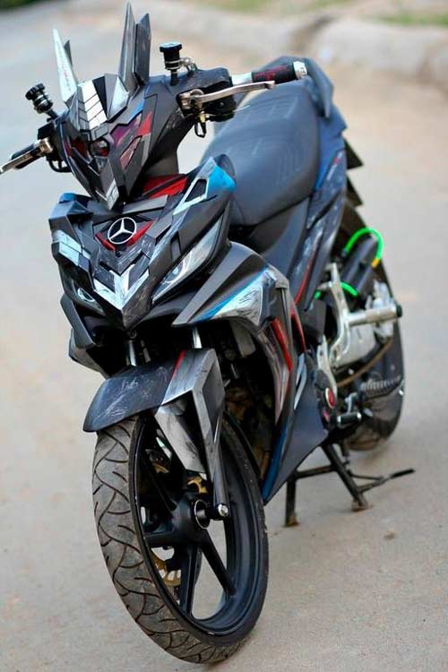 Yamaha Exciter độ phong cách rô-bốt hủy diệt - 1