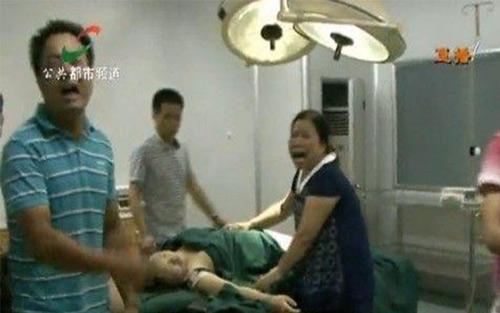 TQ: Sản phụ bị bỏ mặc đến chết trong phòng mổ - 1