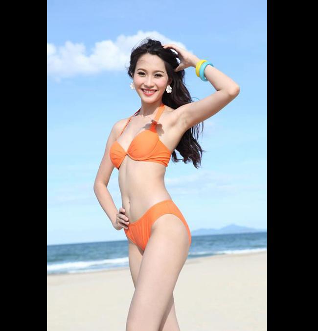 Đặng Thu Thảo là một trong những thí sinh khá nổi bật tại cuộc thi Hoa hậu Việt Nam 2012. Cô gái sinh năm 1991 sở hữu một vóc dáng thanh mảnh cùng vẻ đẹp hiền dịu