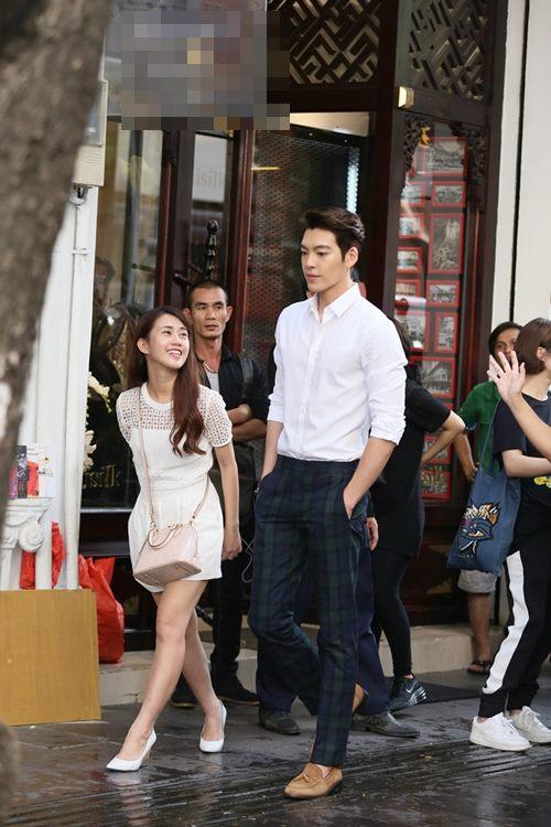 "Ngọc Thảo ""nhỏ bé"" bên Kim Woo Bin - 1"
