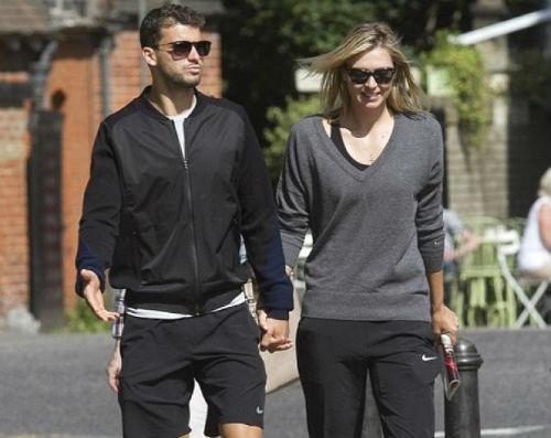 Djokovic làm thuyết khách cho chuyện tình của Sharapova - 1