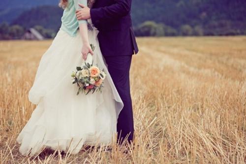 Thơ tình: Hay là mình cưới nhau đi anh