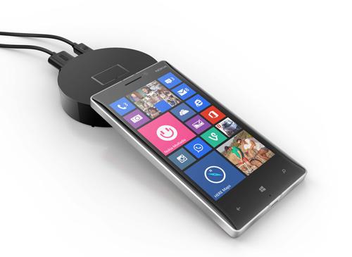 Ra mắt Lumia 730 Selfie giá 5 triệu đồng - 1