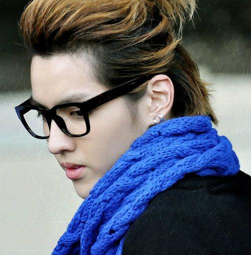 """12 kiểu tóc """"hoang dại"""" khó quên thành viên EXO - 15"""