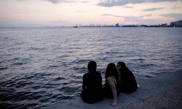 """Giới trẻ Hy Lạp ồ ạt """"trốn"""" sang nước ngoài vì khủng hoảng nợ - 1"""
