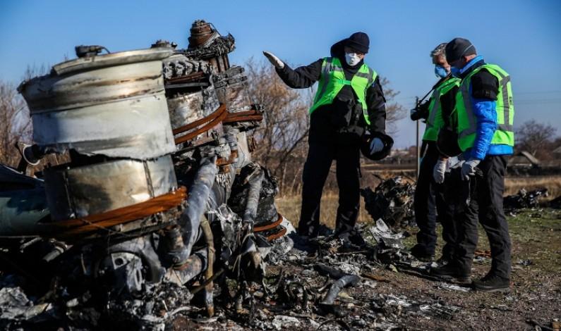Malaysia đòi lập tòa quốc tế xử kẻ bắn rơi MH17 - 1