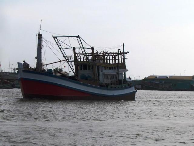 Mâu thuẫn trên biển, đâm bạn tàu thủng tim tử vong - 1