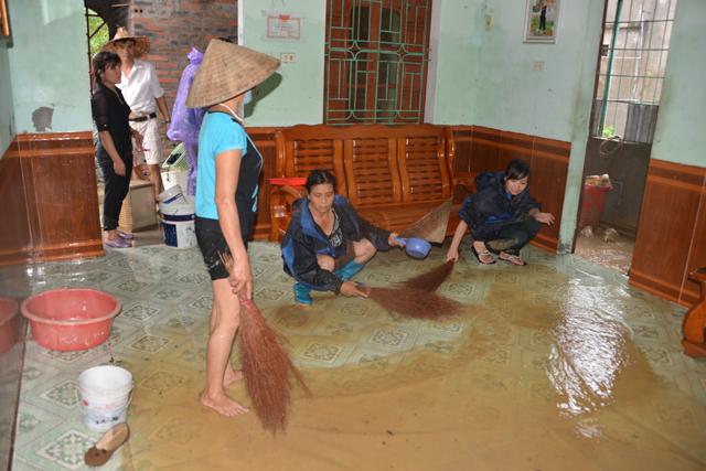 Quảng Ninh: 3 mẹ con bị nhấn chìm trong mưa lũ lịch sử - 1