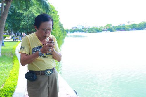 Danh hài Chiến Thắng la cà bia hơi với nhạc sĩ Vinh Sử - 1