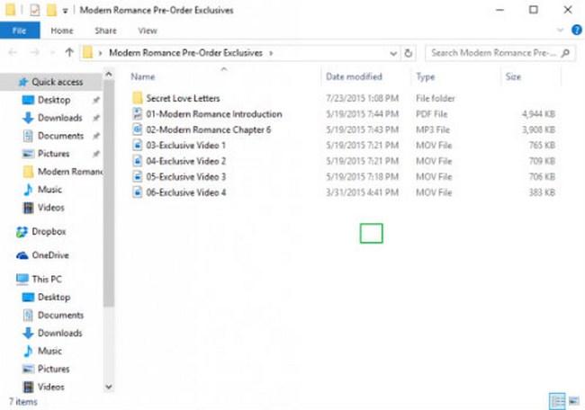 1. Kích chuột phải vào trong thư mục (folder) chứa các file văn bản cần được bảo vệ.