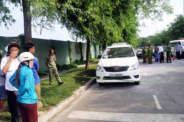 Tài xế taxi chết bí ẩn trong xe - 1