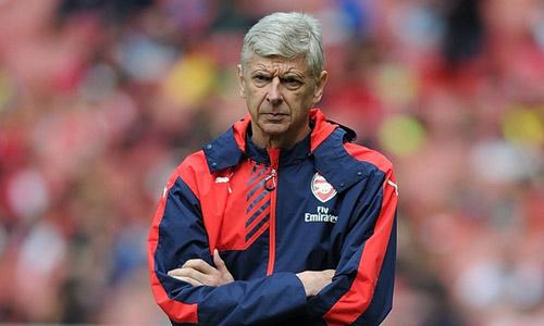Wenger & Mourinho đấu khẩu dữ dội trước mùa giải mới - 1