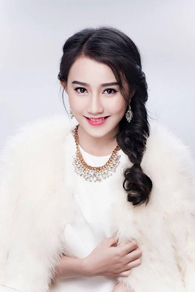 """Huỳnh Hồng Loan, cô gái bất ngờ trở thành nữ chính trong MV sắp """"ra lò"""" của Sơn Tùng - MTP"""