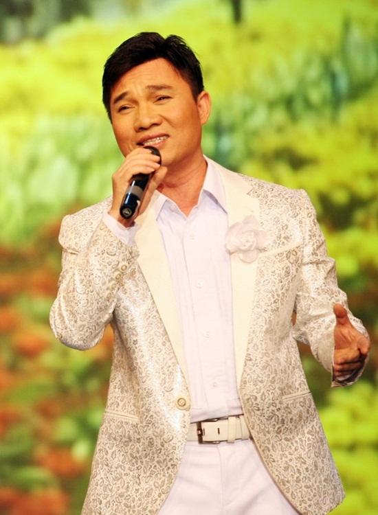 Quang Linh hát một bài mua được 4 căn nhà mặt tiền - 1