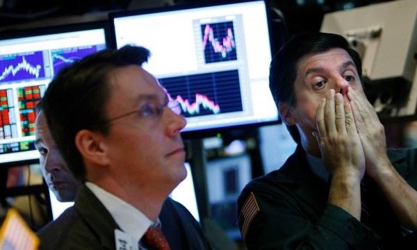 """Fed không tăng lãi suất, thị trường thế giới """"ỉu"""" - 1"""