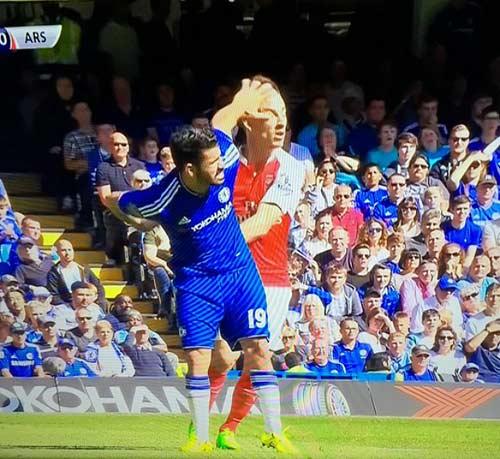 """Báo Anh """"đánh"""" Costa, không tin Chelsea hồi sinh - 1"""