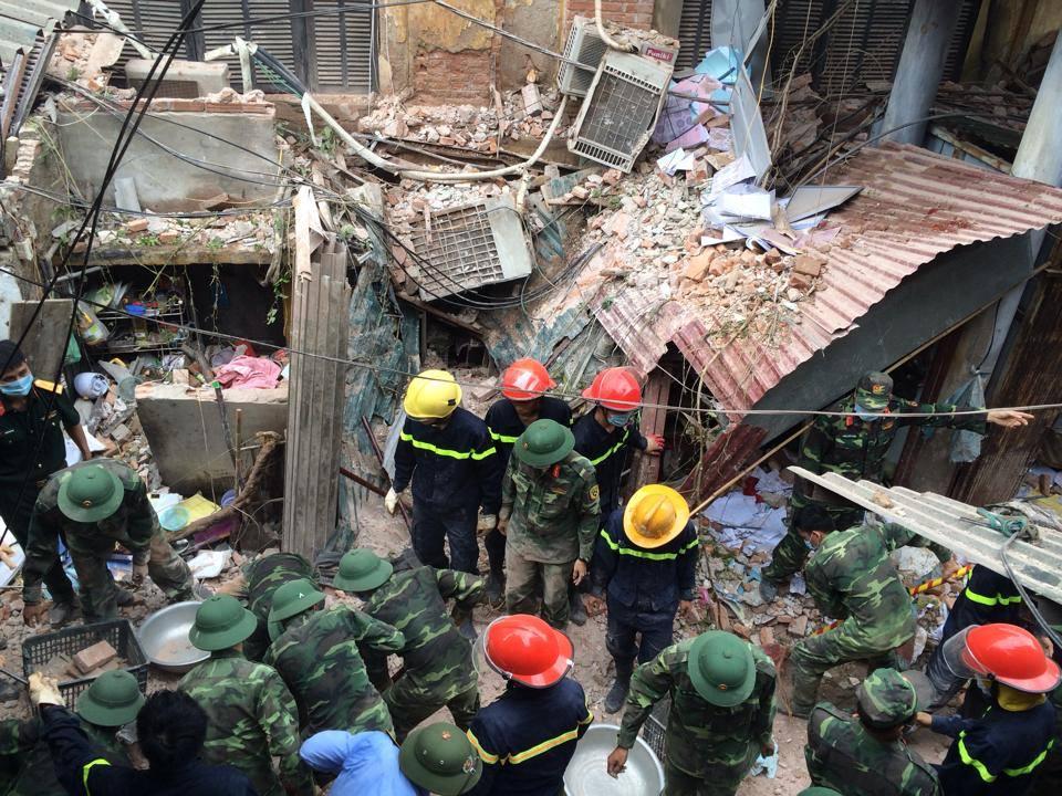 Nguyên nhân ban đầu vụ sập nhà cổ ở HN - 1