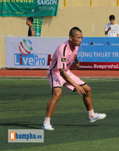 Sao V-League lại vào mùa so tài ở giải phủi Hà Nội - 1