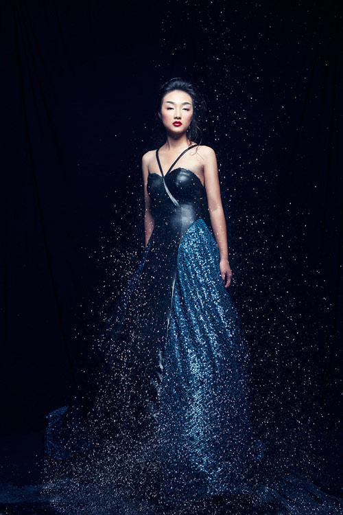 Em gái Trang Khiếu được so sánh với Châu Tấn - 1