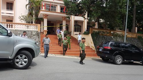 Vì sao Đỗ Cường Minh mang được súng vào Tỉnh ủy Yên Bái? - 1