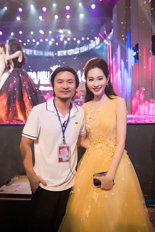 Tiền tỷ được rót vào sân khấu chung kết Hoa hậu VN! - 1