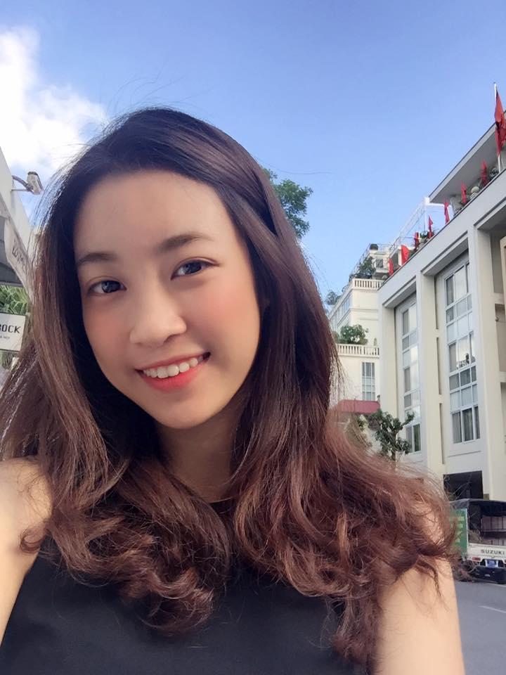 Hé lộ ảnh đời thường của tân hoa hậu Đỗ Mỹ Linh - 1
