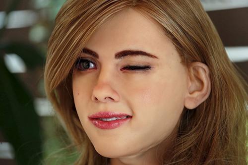 """Xuất hiện robot xinh đẹp như """"hot girl"""" - 1"""