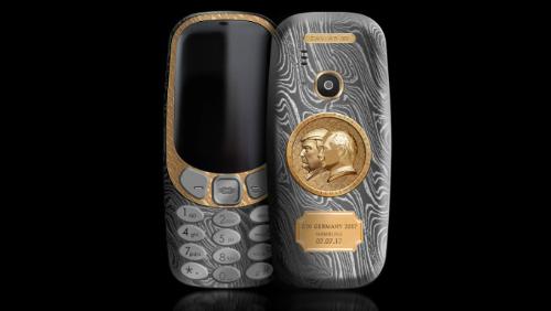 Xuất hiện Nokia 3310 chạm hình Tổng thống Trump và Putin, giá siêu đắt - 1