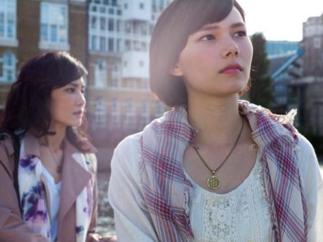 Con đường thành gái mại dâm của cô gái châu Á ở trời Tây