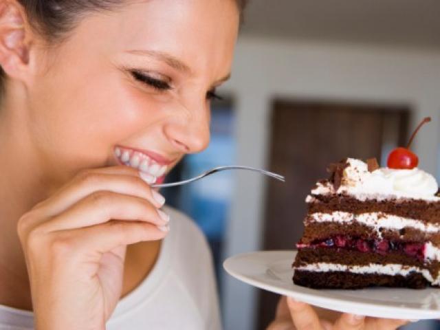 Ăn nhiều đường, đồ ngọt gây hại cho sức khỏe thế nào?